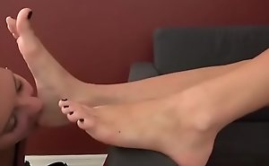 Fun Shellacking and Sucking Yummy Trotters and Soles - Feet Worship 2
