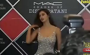 Disha patani sexy and xxx  belle look at MAC openning formality
